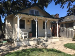 Under the Oaks Vacation Rental